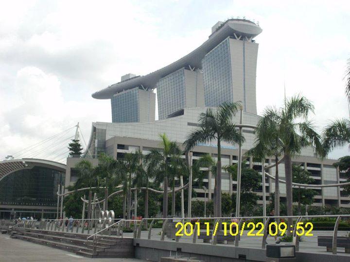 คณะผู้บริหาร บริษัทลิงค์ เดินทางดูงาน และพักผ่อน ณ ประเทศสิงคโปร์